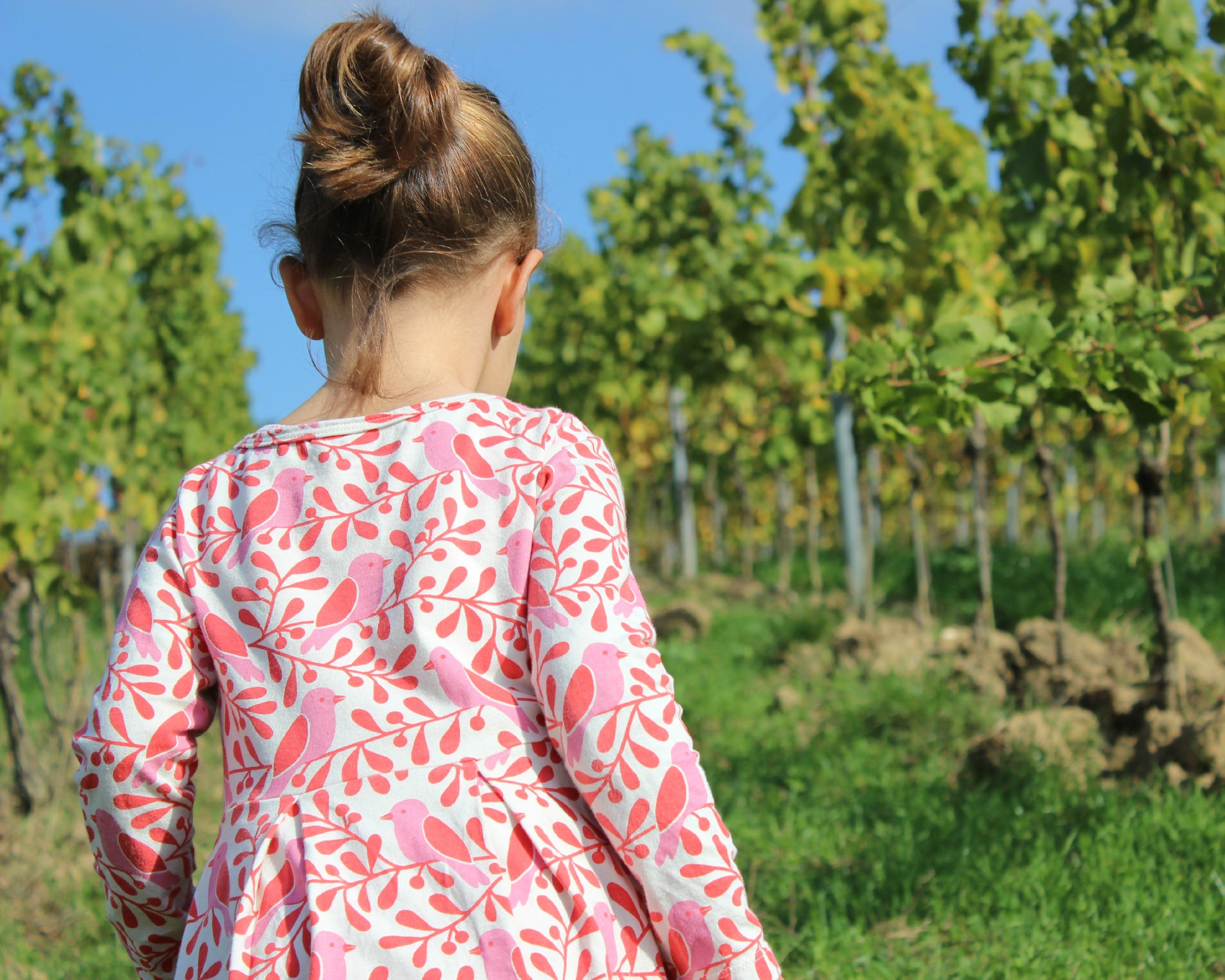Kids – den sonnigen Herbst in Kleidern von Winter Water Factory genießen