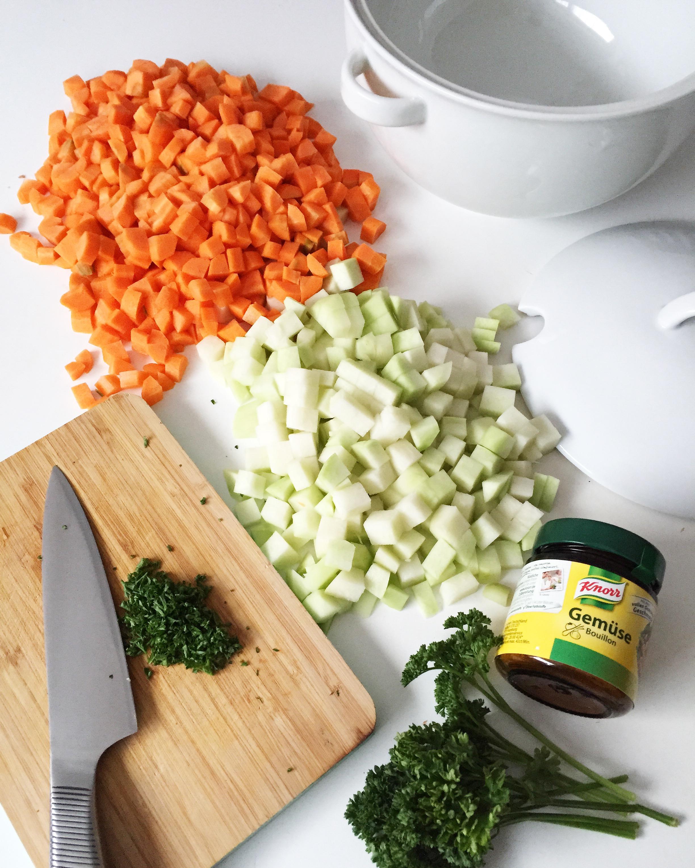 Nudel Gemüse Topf