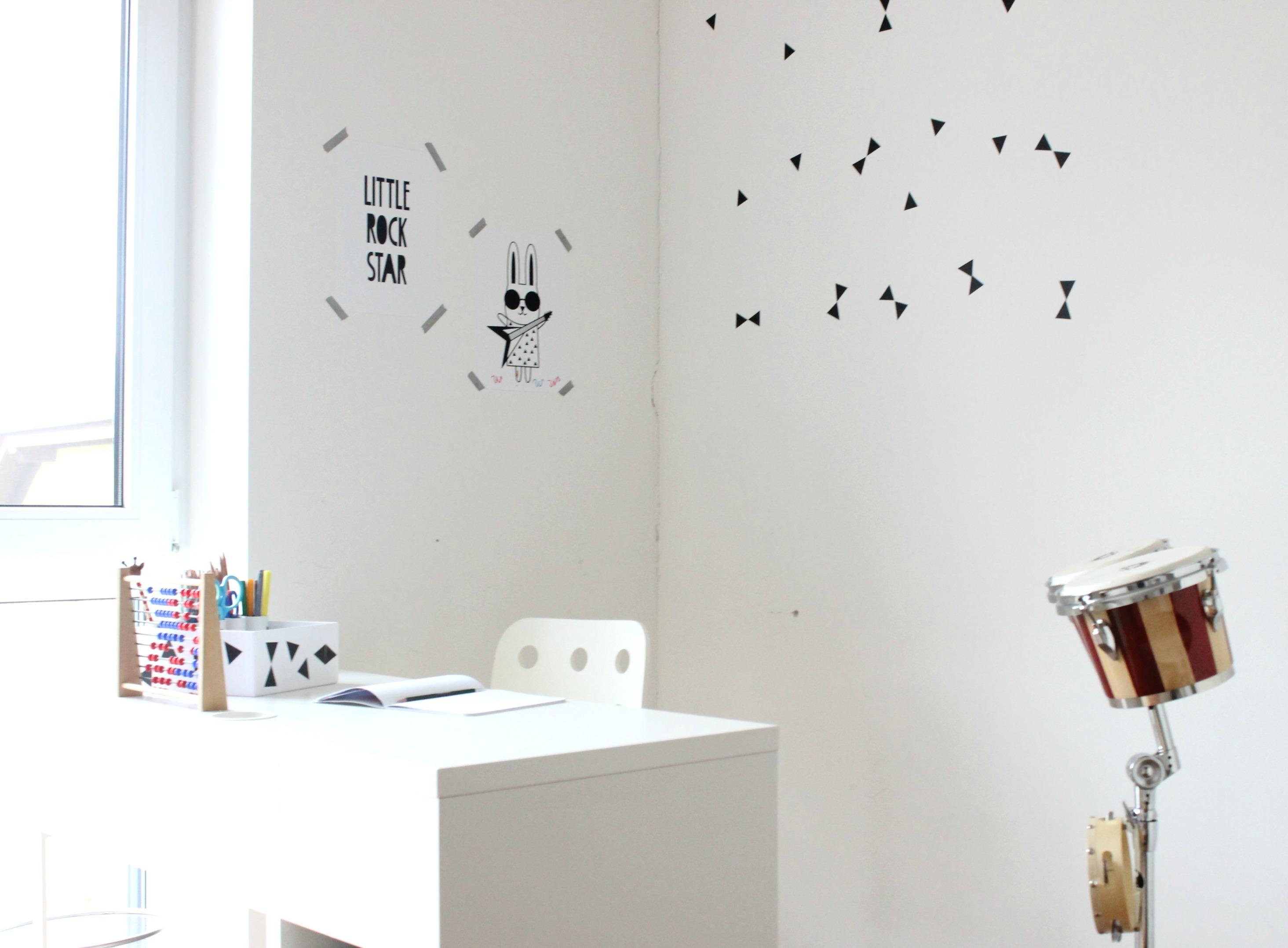 DIY - Aufbewahrung // Organisation Schreibtisch im Kinderzimmer - LifestyleMommy