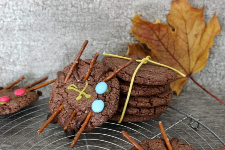 Food – Spinnen im Netz // Halloween Chocolate Chip Cookies