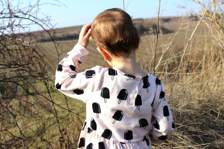 (Deutsch) Fashion for kids – Biologisches im Schrank von Kyddo Shop