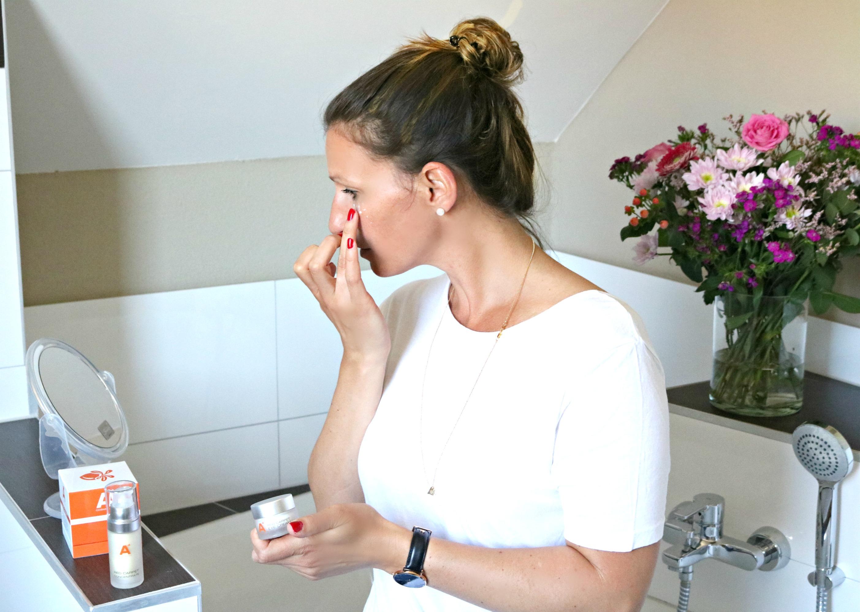A4_cosmetics_Augencreme