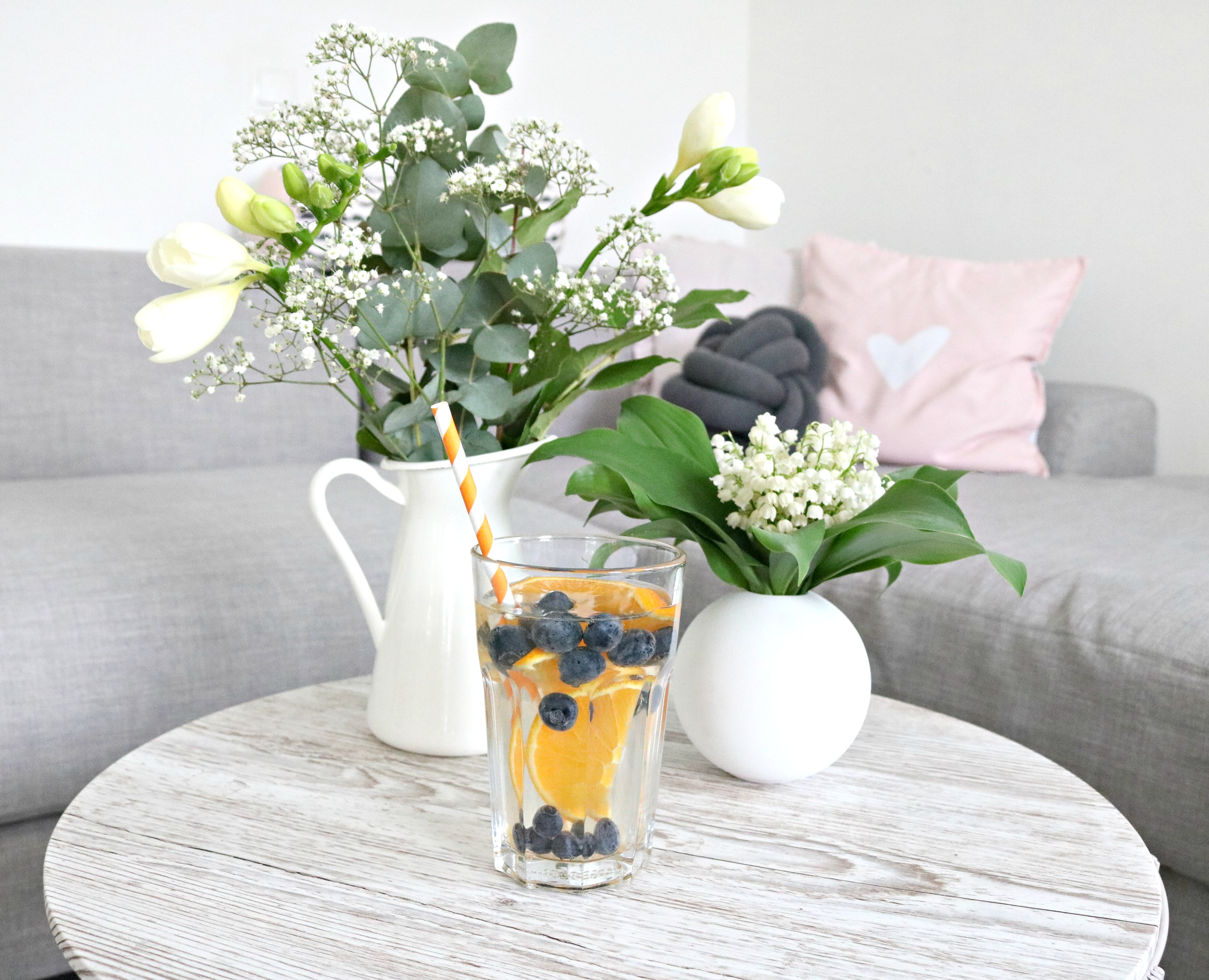 Infused_Water_Orange_Blaubeere