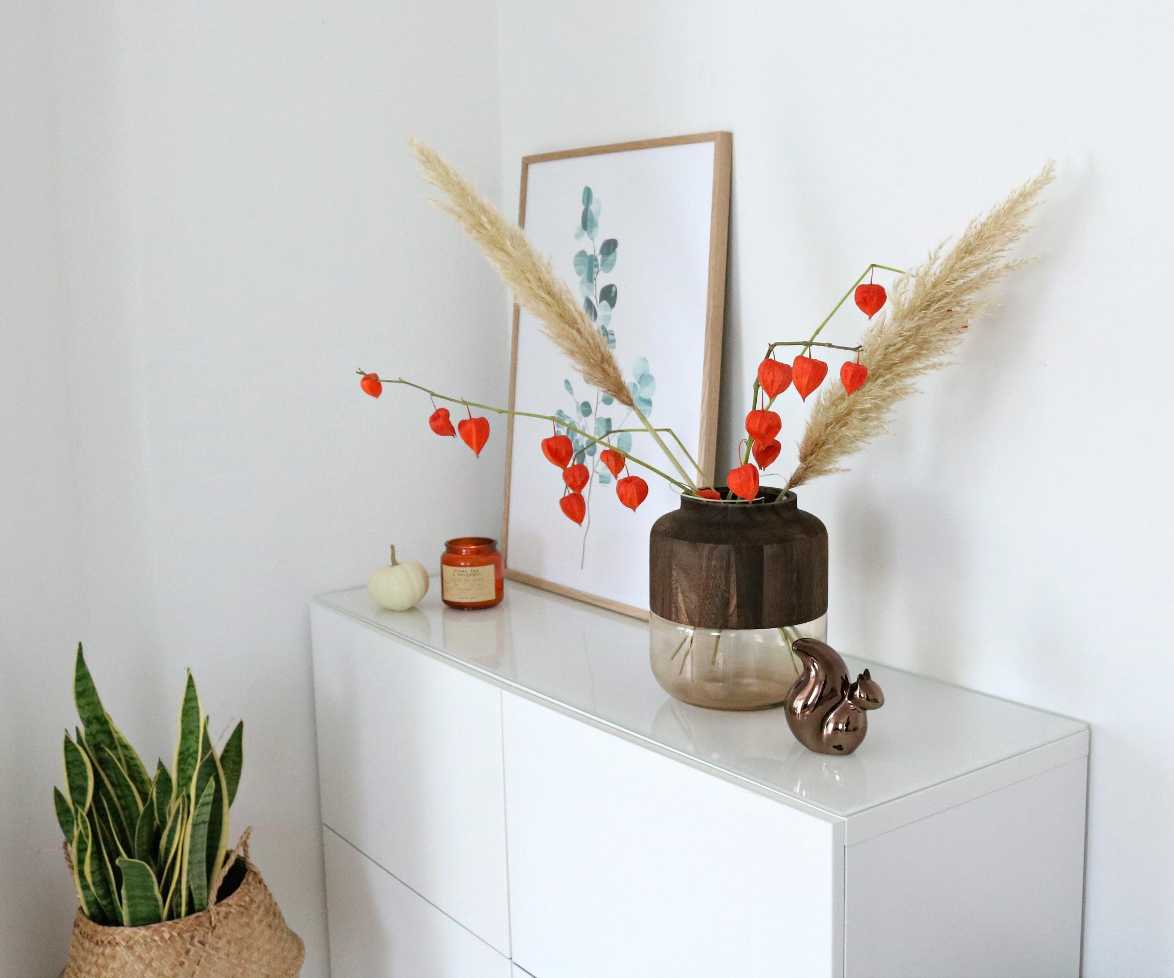 Herbstdeko Sideboard