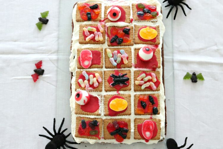 (Deutsch) Food – happy Halloween! // Gruselkuchen