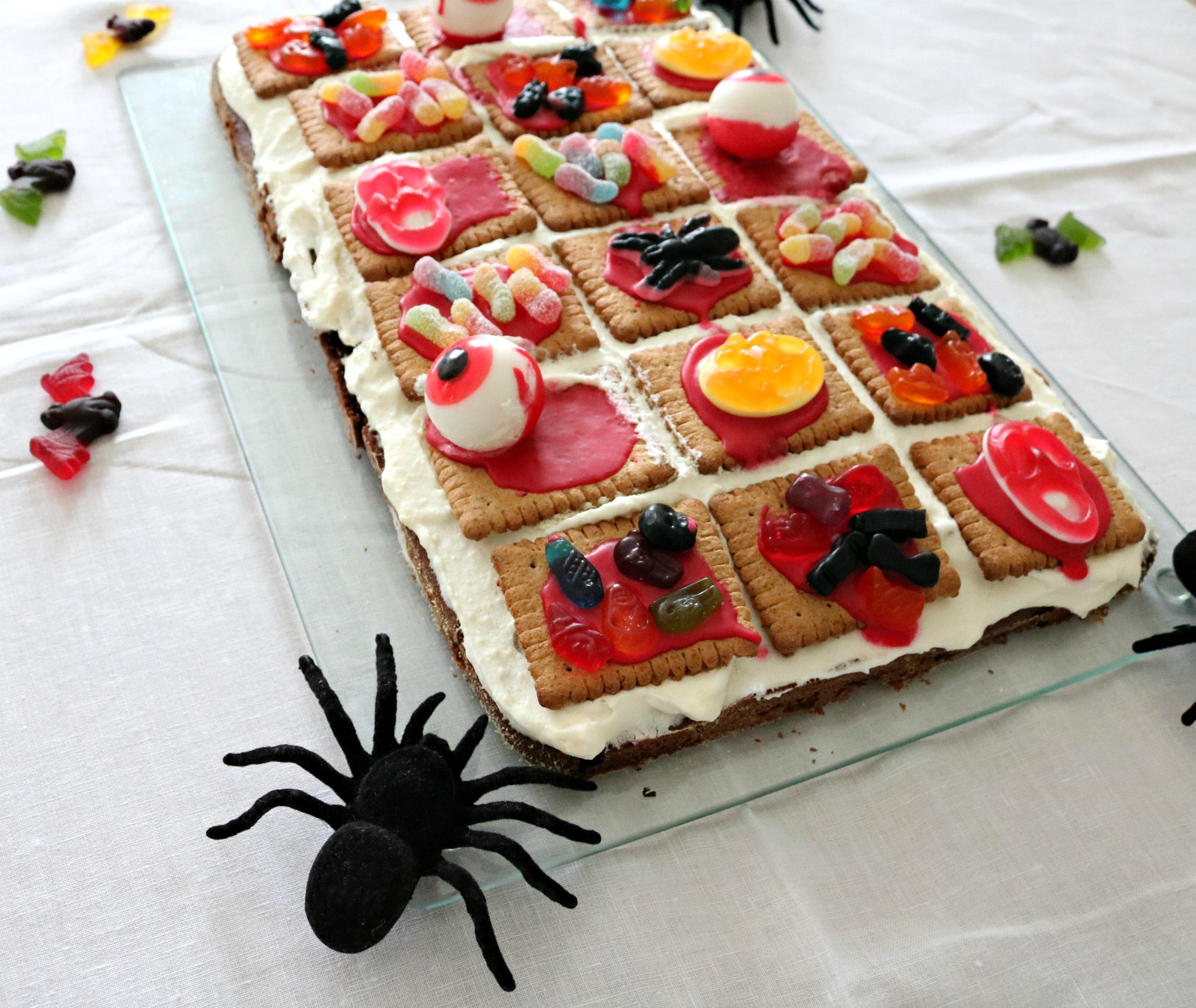 gruseliger Halloweenkuchen